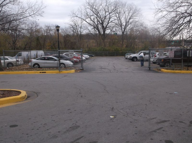 parking lot_1.JPG